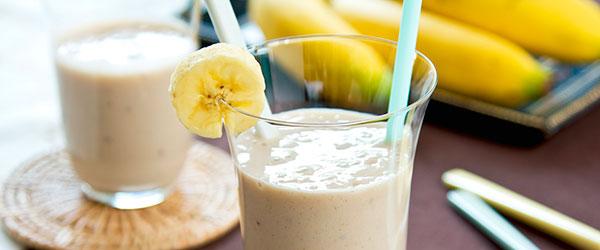 Muzlu smoothie nasıl yapılır?