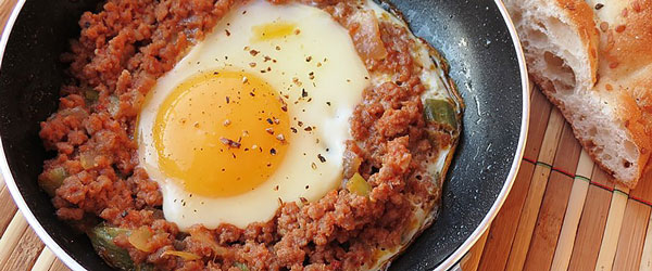 Kıymalı yumurta nasıl yapılır?